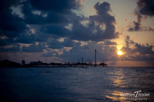 Galveston Island Seascape at Pleasure Pier during Sunrise (8)