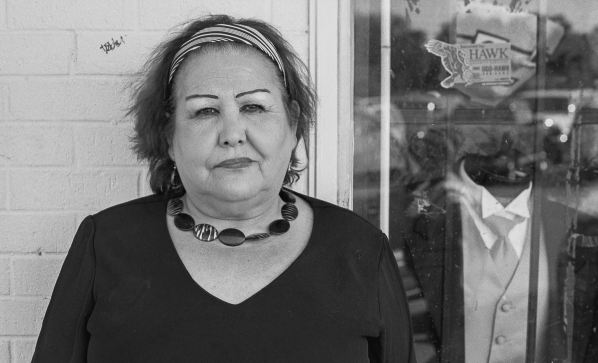 Hispanic Culture in Dallas, Street portrait of a Hispanic woman.