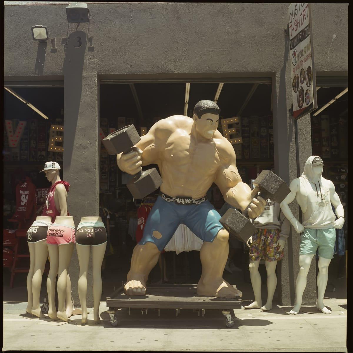 Hulk like bodybuilder