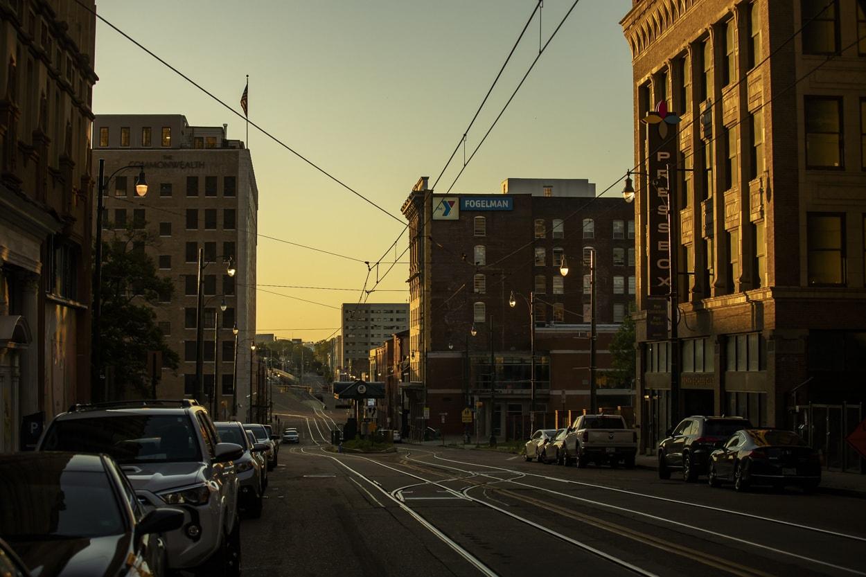 Madison Ave, Memphis, TN