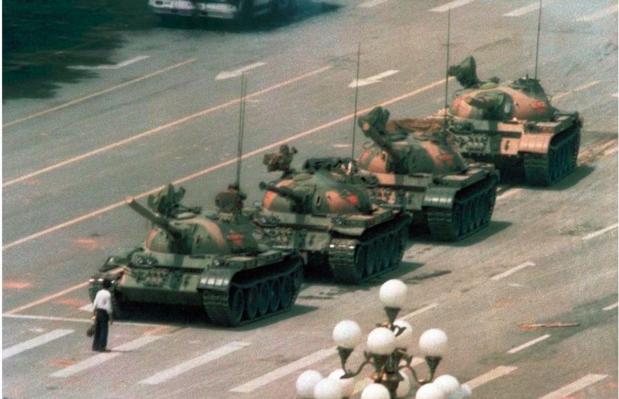 Tank Man, Jeff Widener, 1989