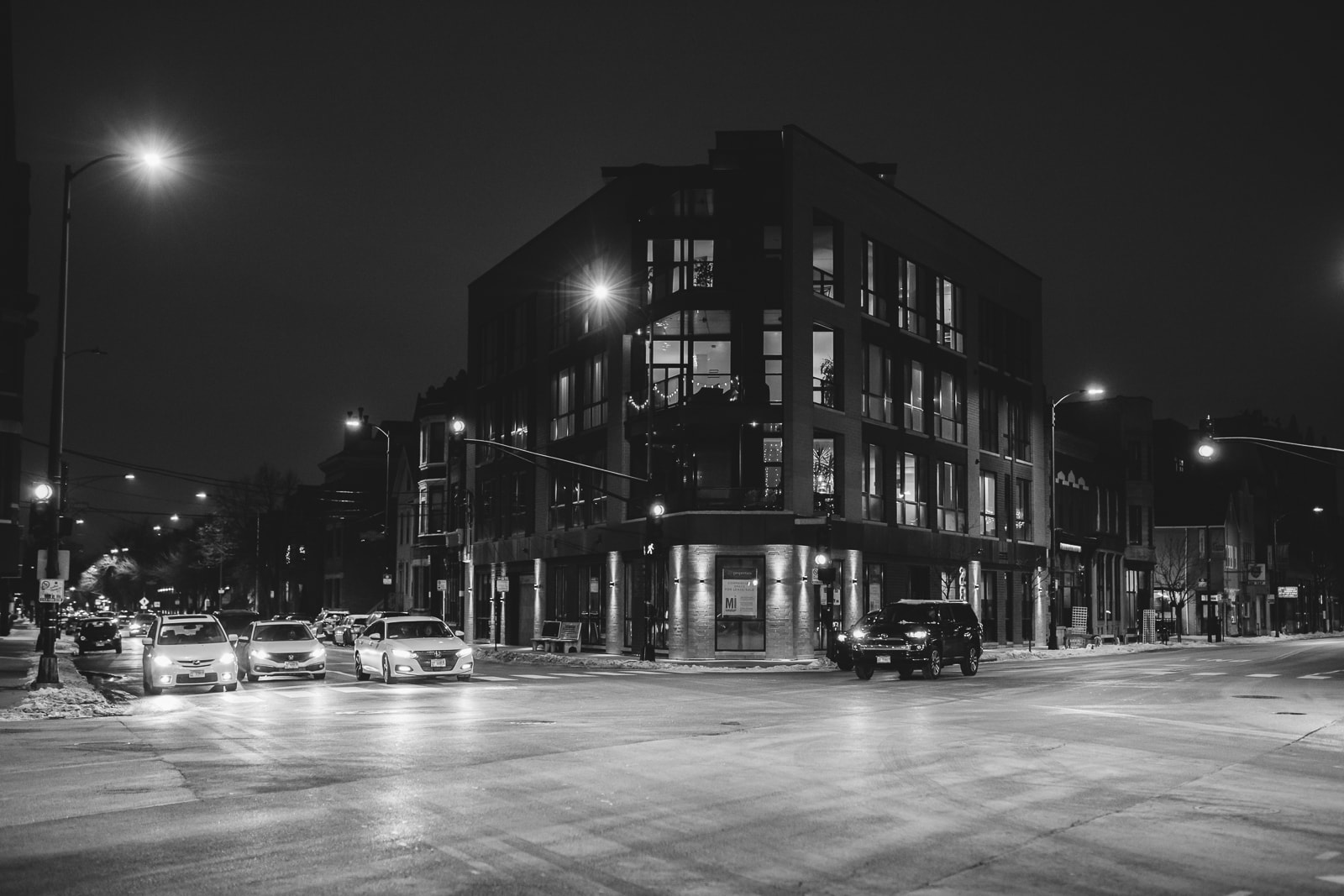 The empty streets of Chicago at Night, 2020