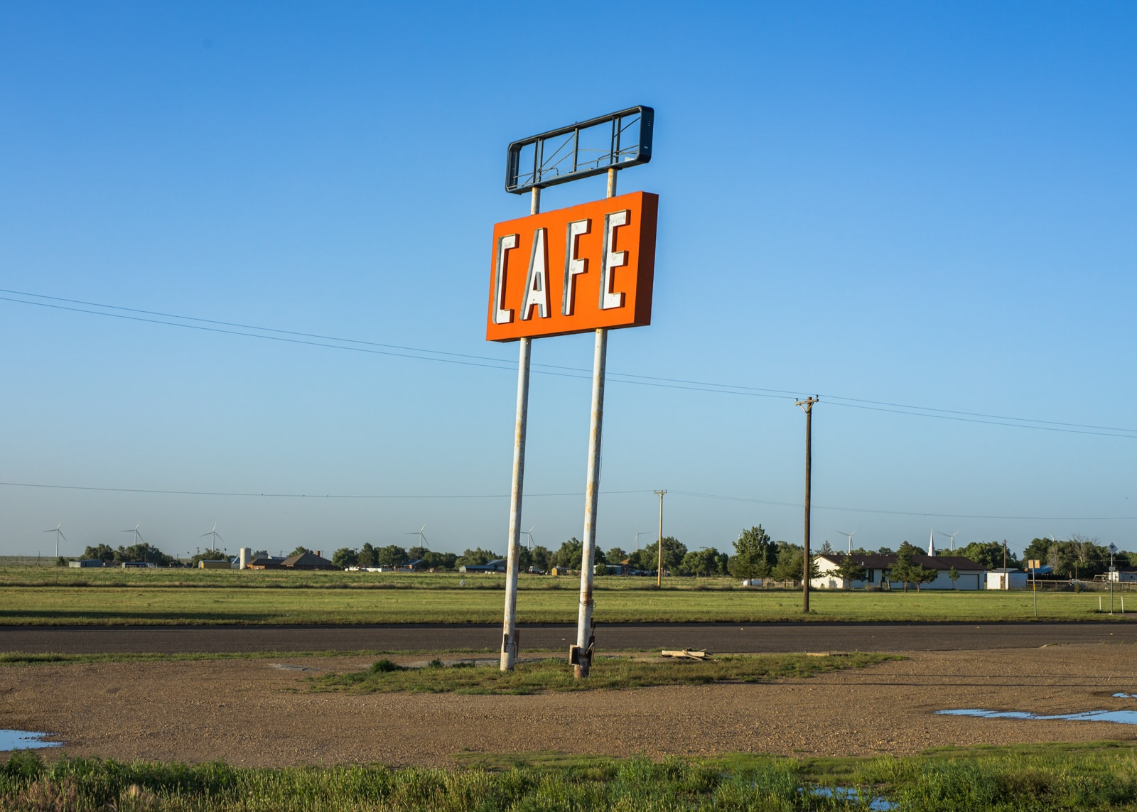 Vintage Cafe road sign at the Route 66 Midpoint