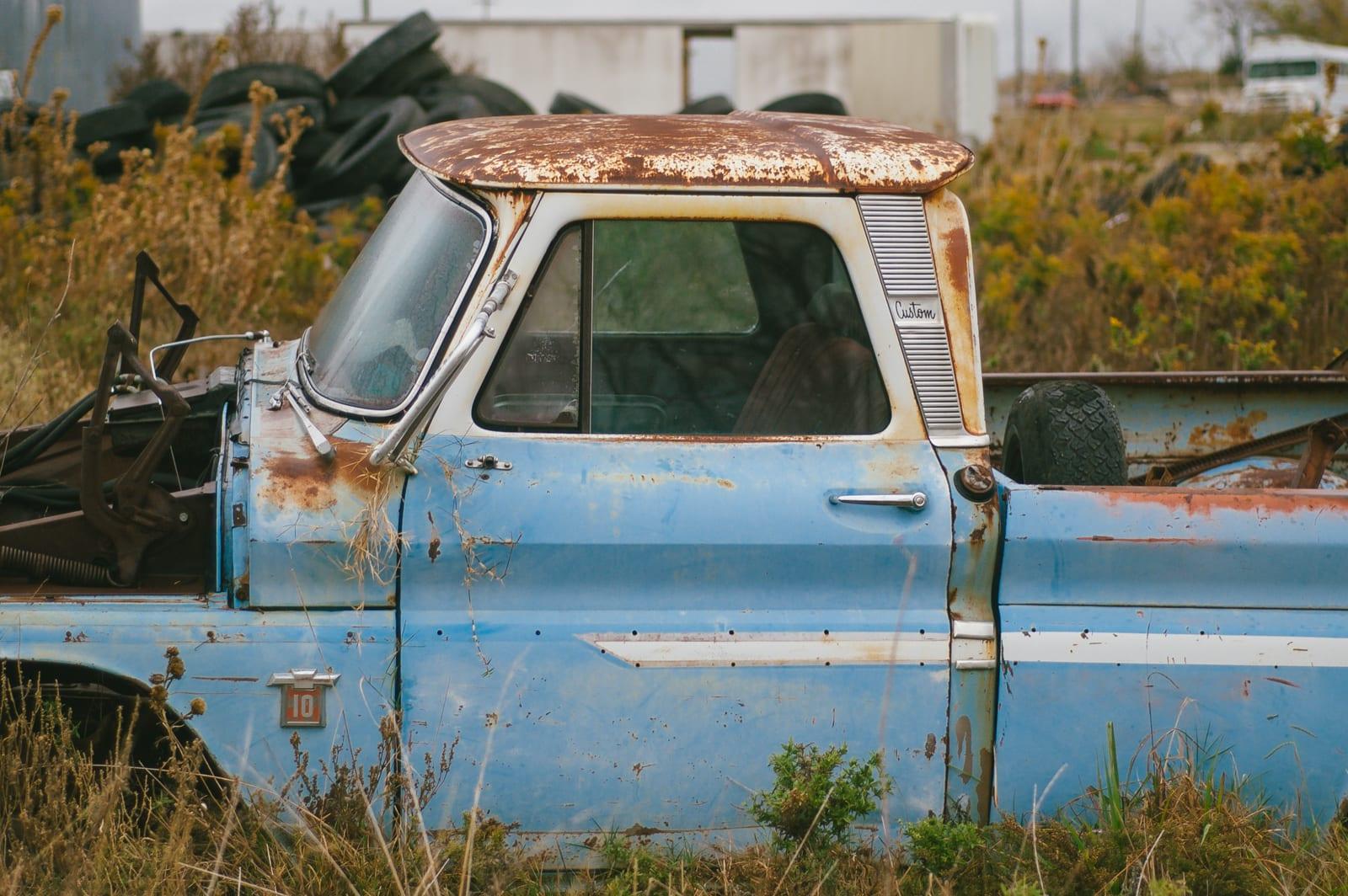 Urban Exploring An Abandoned Junkyard Of Rusty Cars in Terrell, Texas