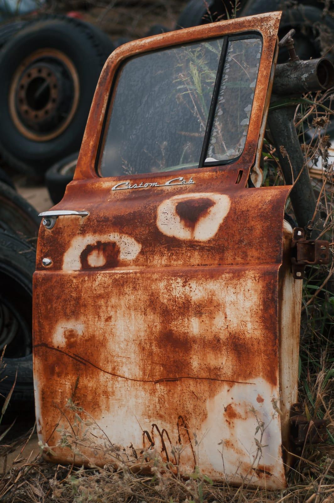 Urban Exploring An Abandoned Junkyard